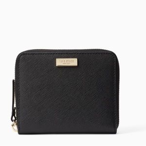 Authentic Kate Spade leather Lg Zip around wallet